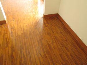 harga lantai kayu Jati berkualitas