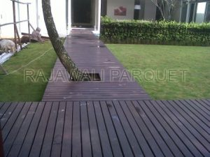 Lantai kayu untuk rumah berkualitas