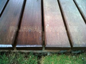 harga lantai kayu outdoor decking merbau
