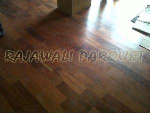 harga jual lantai kayu Jati