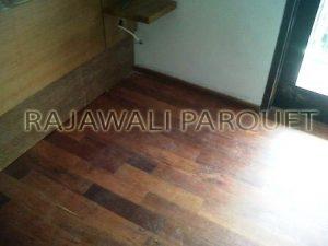 harga jual lantai kayu parket murah berkualitas jati merbau sonokeling sungkai Ulin dipasang dirumah biaya pasang