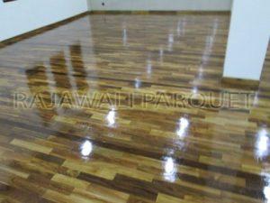 harga lantai kayu dengan kualitas terbaik di tempat ibadah