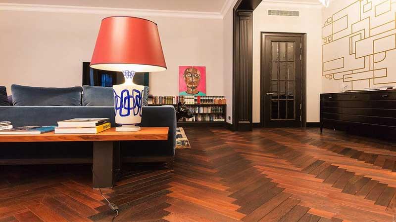 manfaat menggunakan lantai kayu dirumah ketimbang lantai keramik