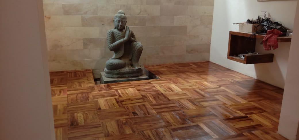 lantai kayu memberikan relaksasi >>> harga lantai kayu