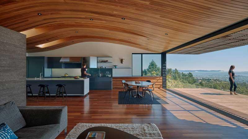 pelapis dinding dan atap rumah