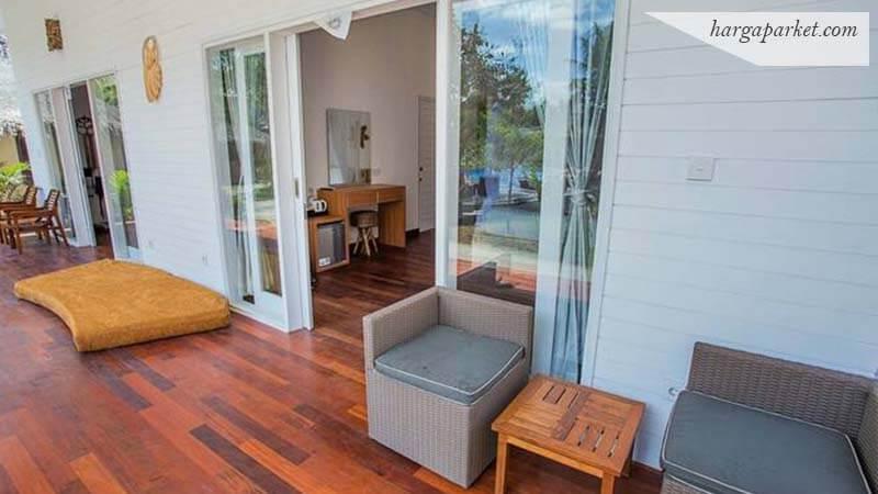 Lantai kayu Merbau di Teras dan dalam rumah
