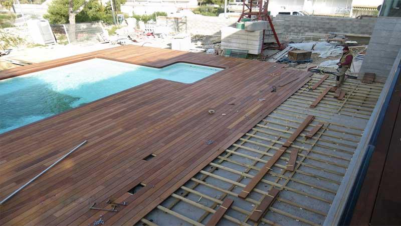 harga pasang decking kayu outdoor