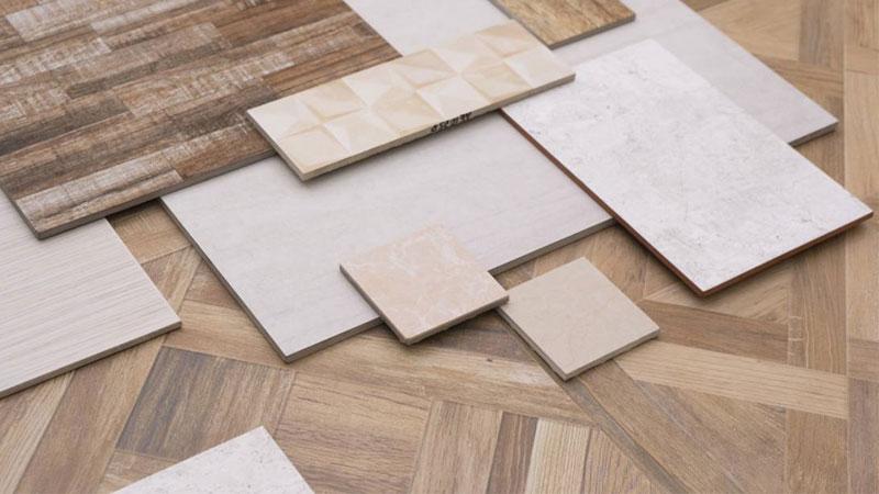 perbandingan lantai vinyl dan keramik