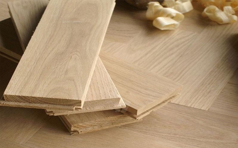 lantai kayu merupakan alternatif pilihan terbaik selain keramik
