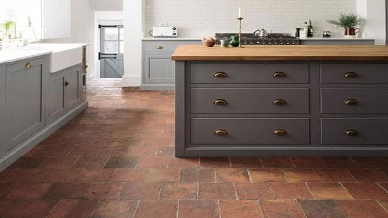 area dapur menggunakan lantai keramik kesat